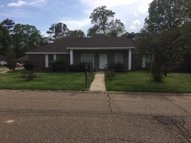 Photo of 616 PARKVIEW DR  Richland  MS