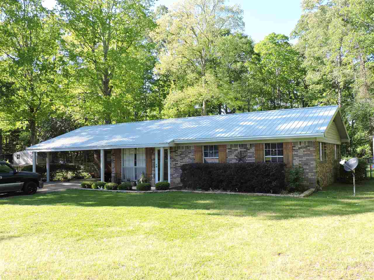 Photo of 208 EASTWOOD DR  Florence  MS