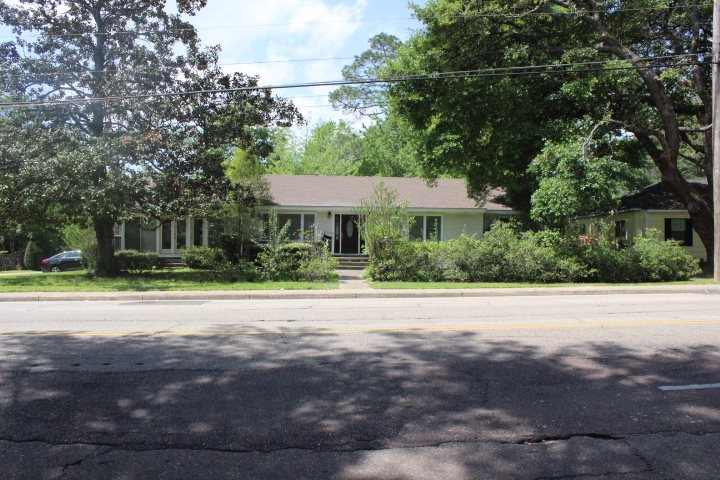 Photo of 4005 HANGING MOSS RD  Jackson  MS
