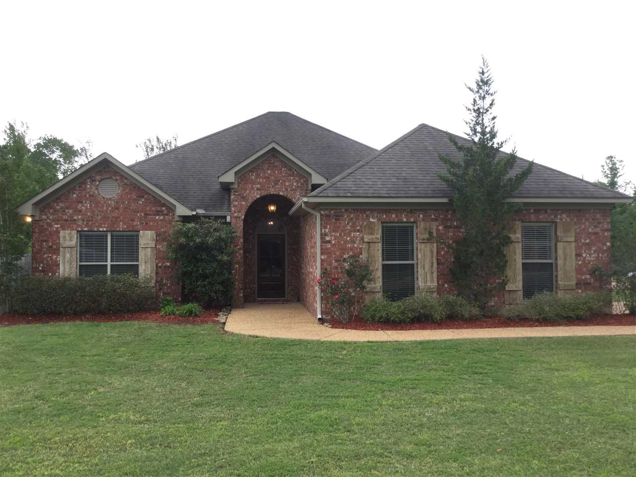 Photo of 125 CARRIAGE LN  Florence  MS
