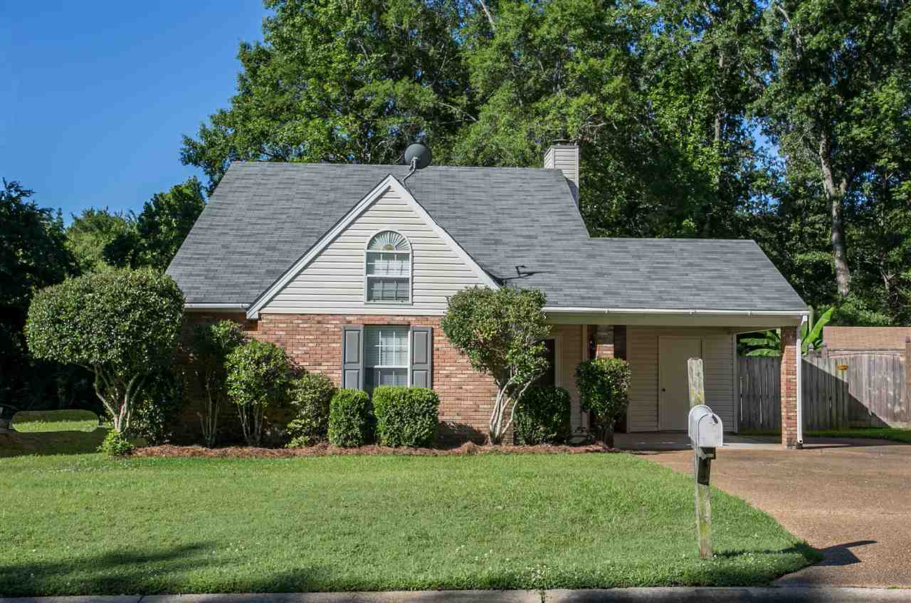 Photo of 121 SHADOW HILL DR  Madison  MS