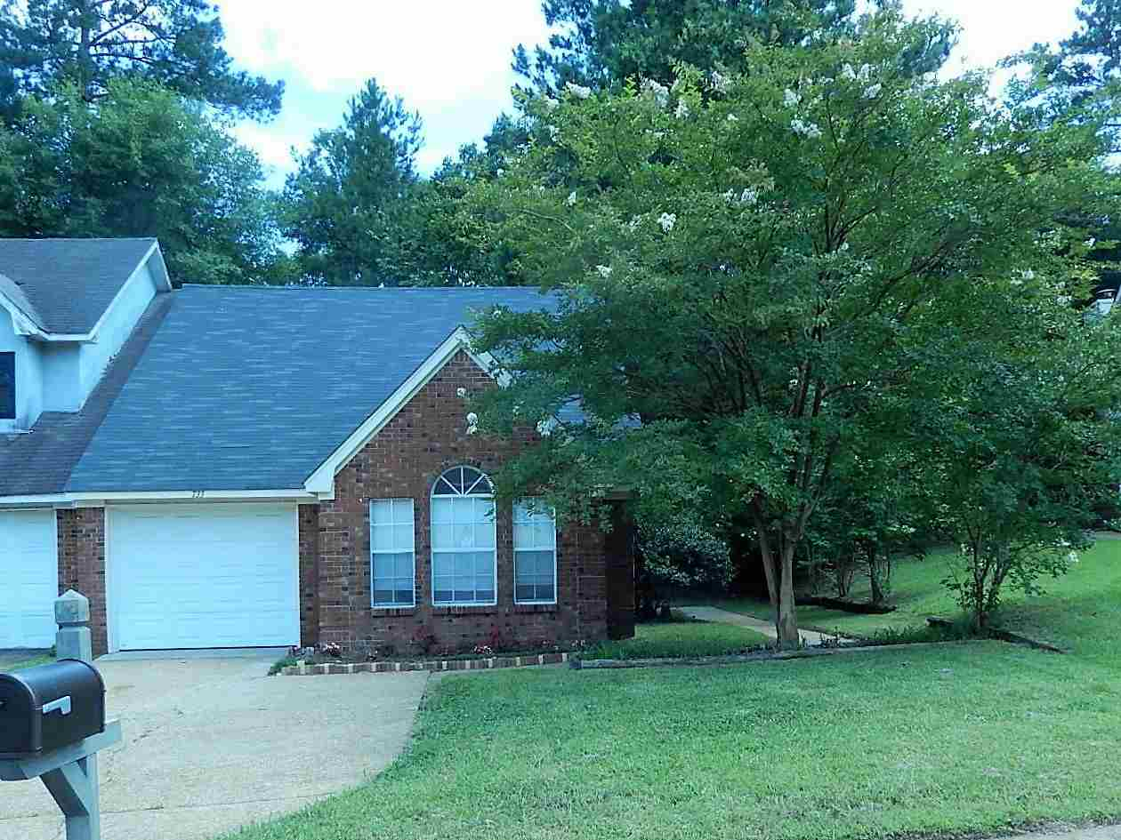 Photo of 733 WINDING HILLS DR  Clinton  MS