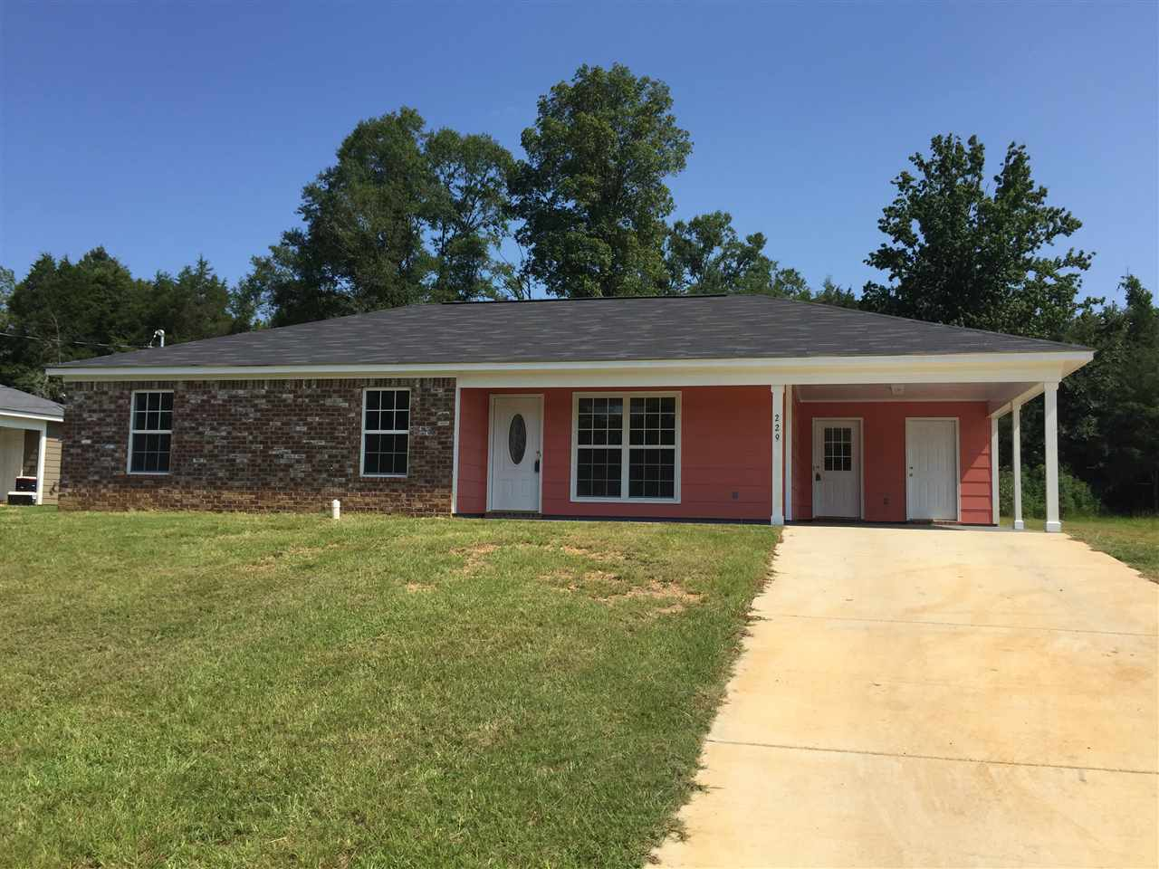 Photo of 229 PHYLLIS ANN DR  Crystal Springs  MS