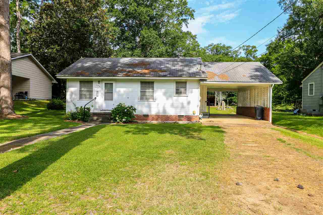 Photo of 104 E CHURCH ST  Crystal Springs  MS