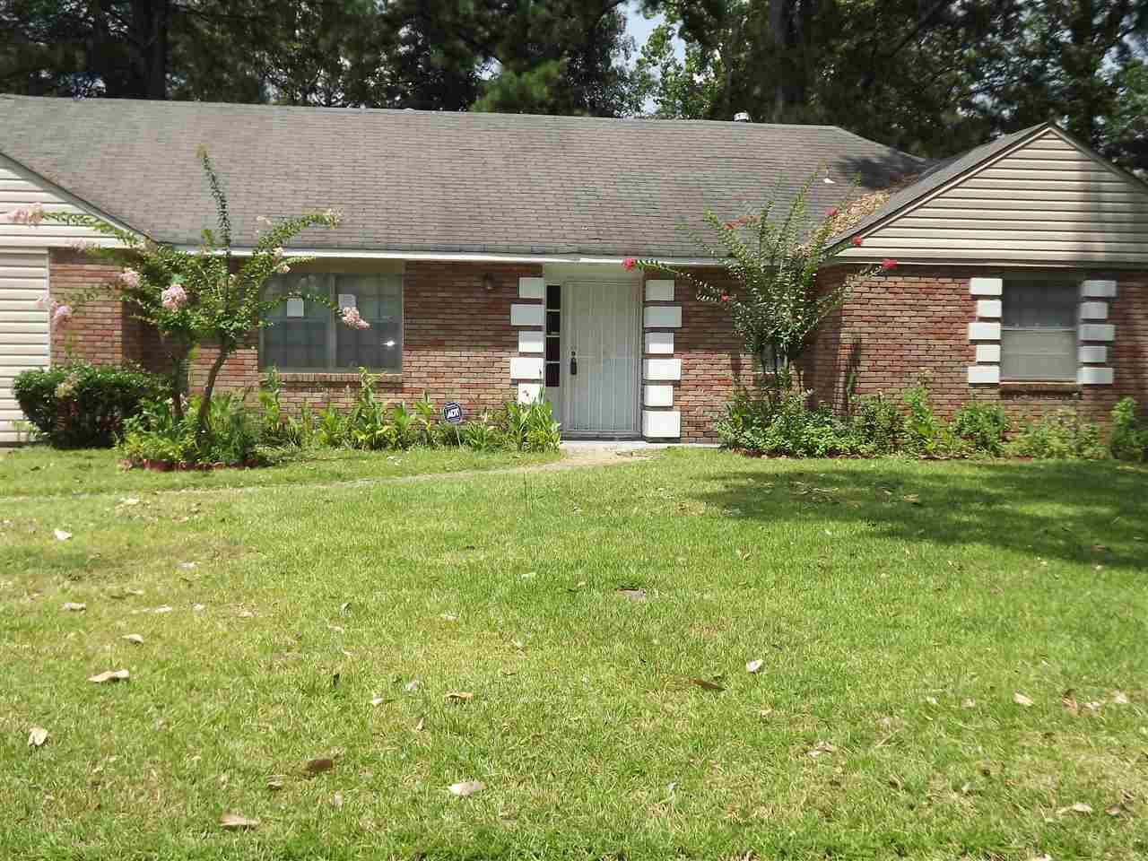 Photo of 1322 DEERFIELD DR  Jackson  MS