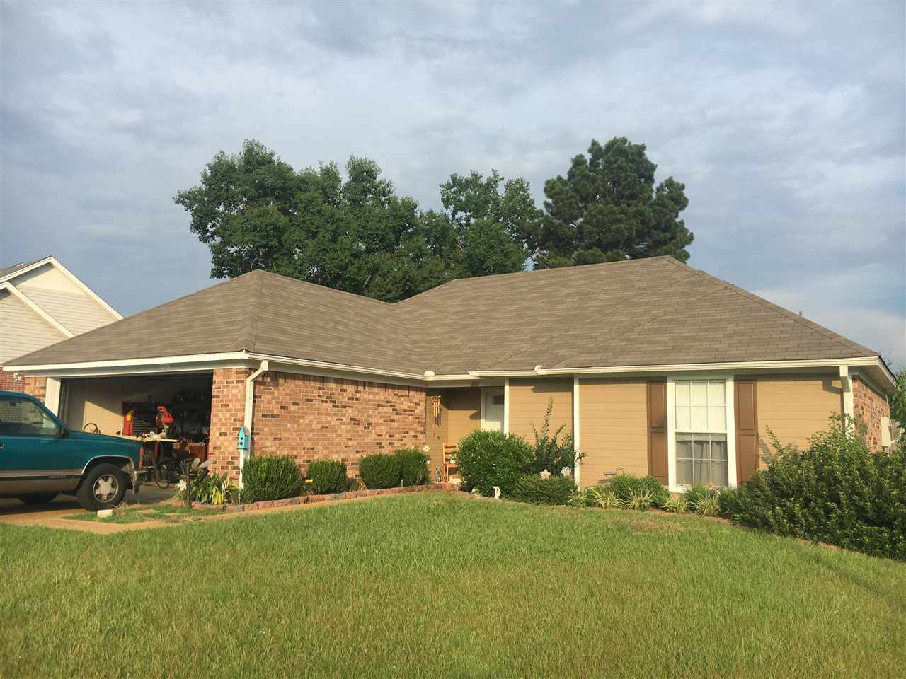Photo of 224 SHADOW CREEK DR  Florence  MS
