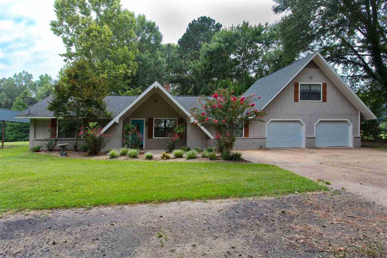 Photo of 411 PURVIS RD  Flora  MS
