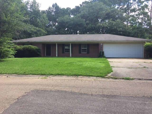 Photo of 1401 BEVERLY DR  Clinton  MS