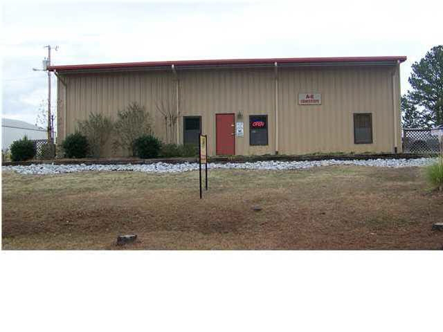 primary photo for 300 BATTERY DR, Clinton, MS 39056, US