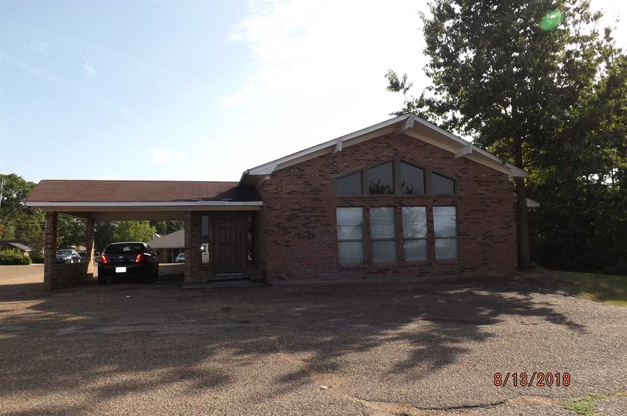 primary photo for 1001 HIGHWAY 80 EAST RD, Clinton, MS 39056, US