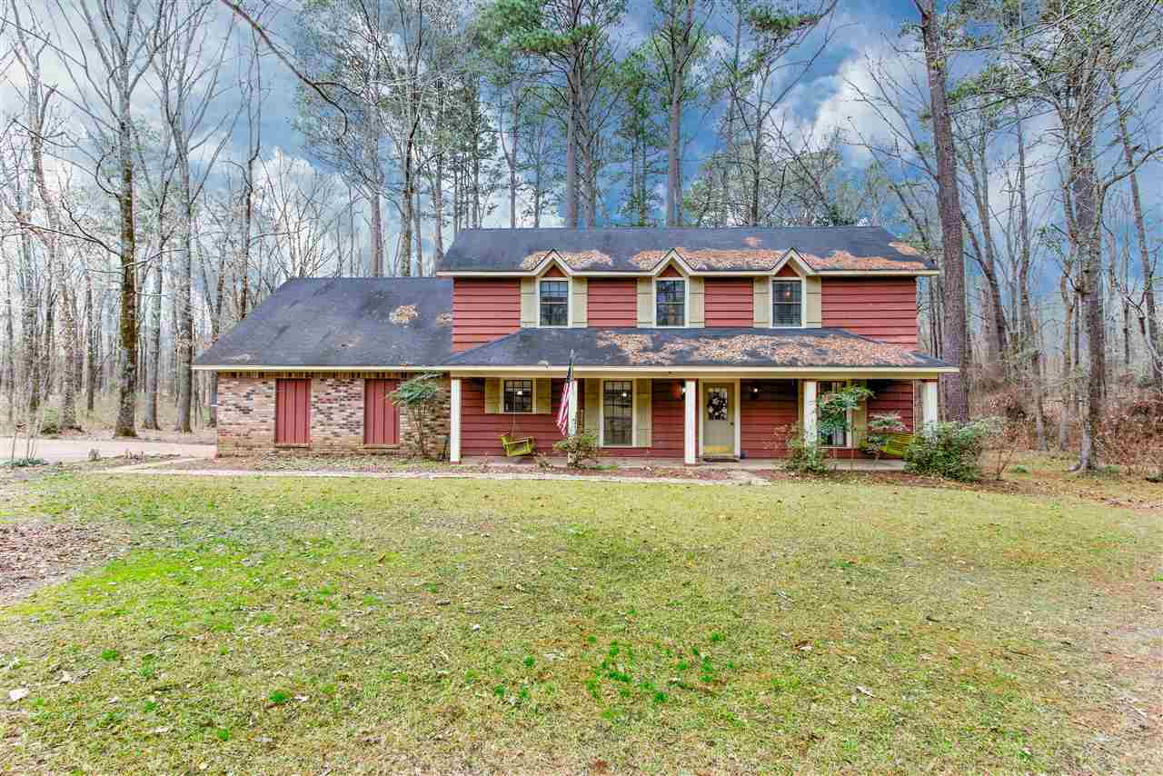 primary photo for 426 SPRINGWOOD CIR, Terry, MS 39170, US