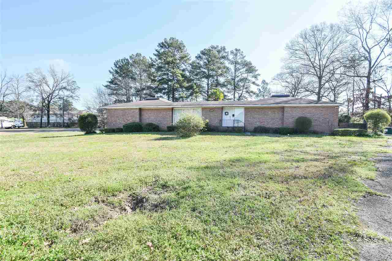 primary photo for 4550 MANHATTAN RD, Jackson, MS 39206, US