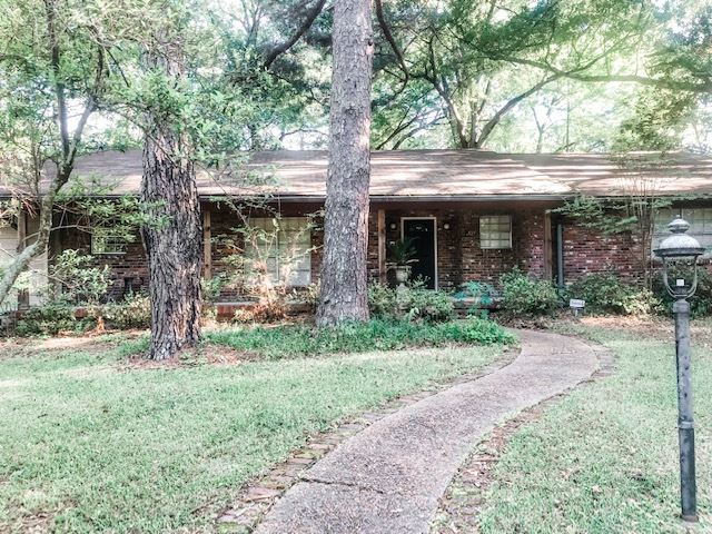 primary photo for 2035 E NORTHSIDE DR, Jackson, MS 39211, US