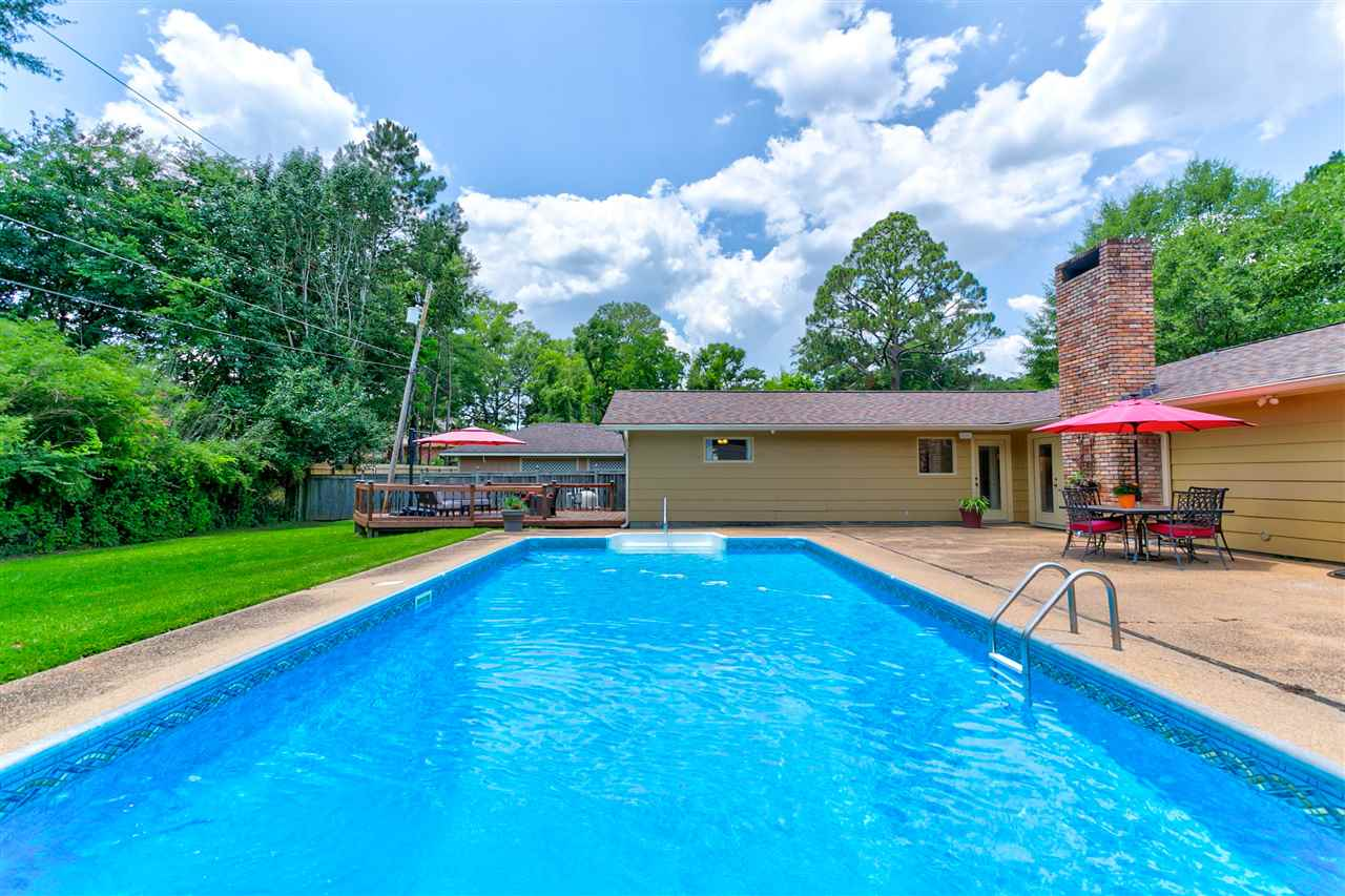 primary photo for 523 ROLLINGWOOD DR, Jackson, MS 39211, US