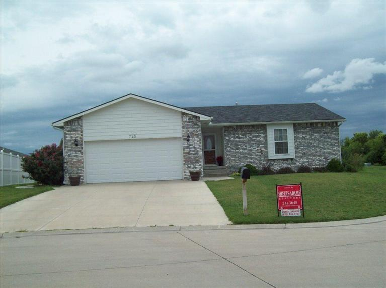 Real Estate for Sale, ListingId: 26546979, McPherson, KS  67460