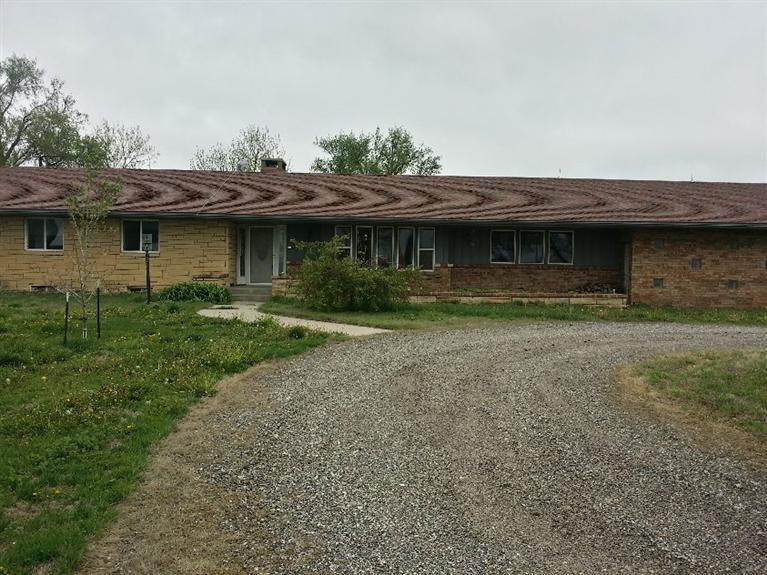 Real Estate for Sale, ListingId: 31148651, Newton,KS67114