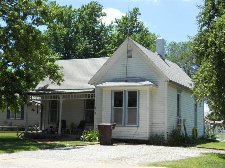 Real Estate for Sale, ListingId: 34322718, McPherson,KS67460