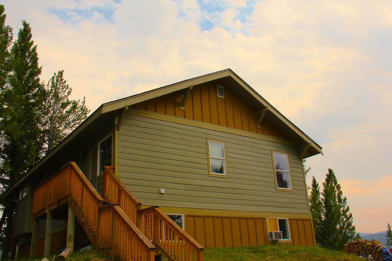 400 Sun Child Ln, Anaconda, MT 59711