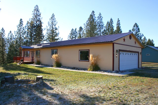 631 Mt Silcox Dr, Thompson Falls, MT 59873