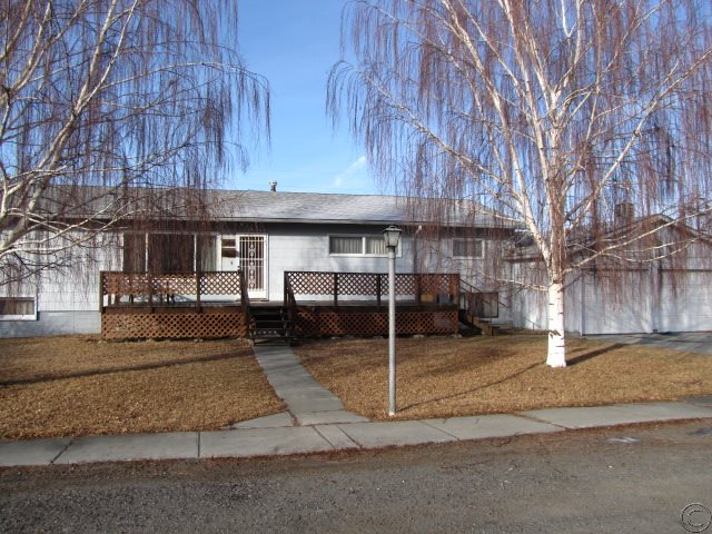 206 N 2nd St, Deer Lodge, MT 59722