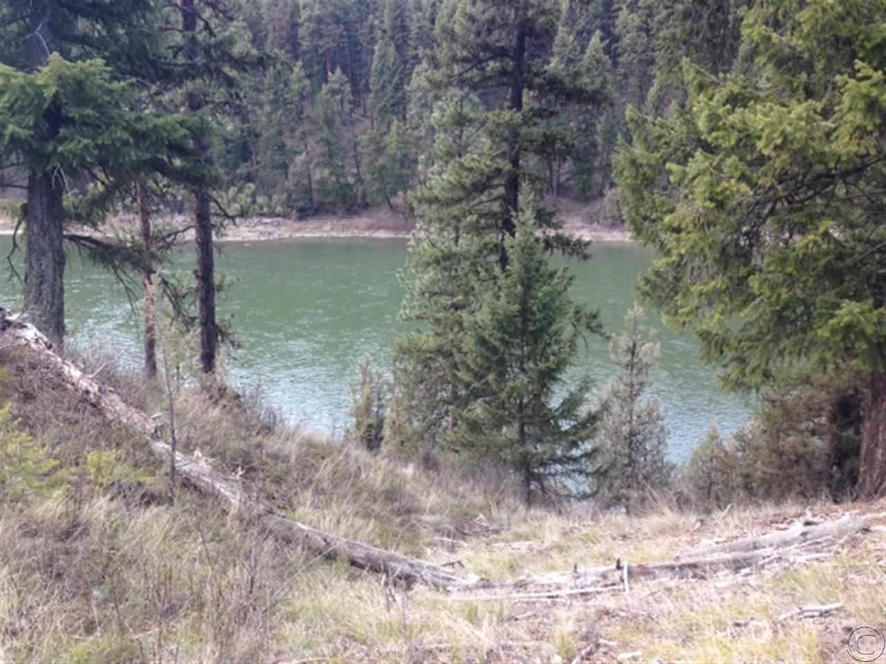 2 acres in Superior, Montana