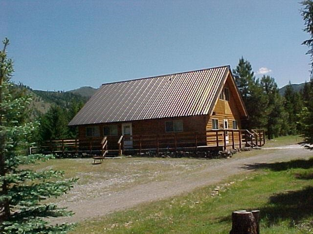 79 Pattee Rd, Superior, MT 59872
