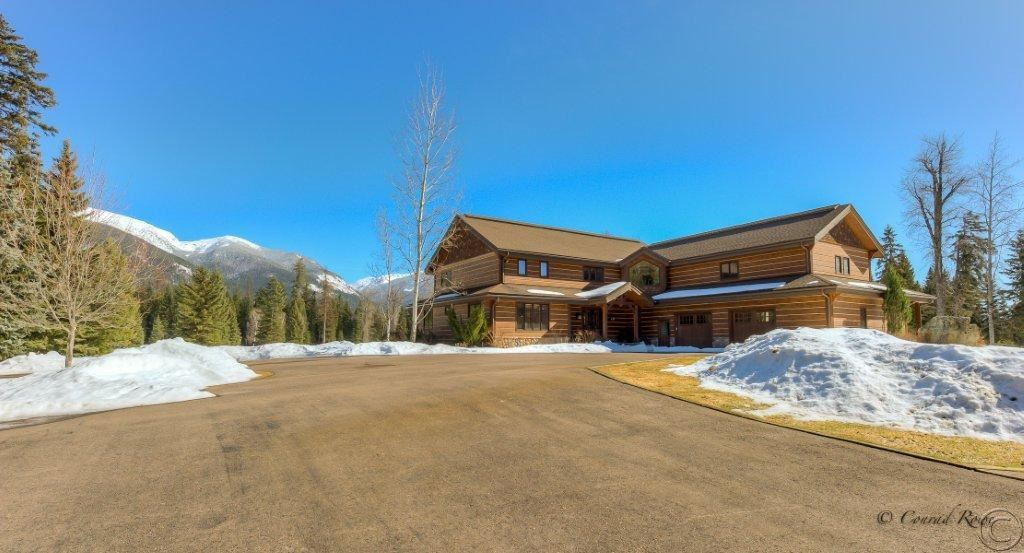 190 Black Bear Ln, Bigfork, MT 59911