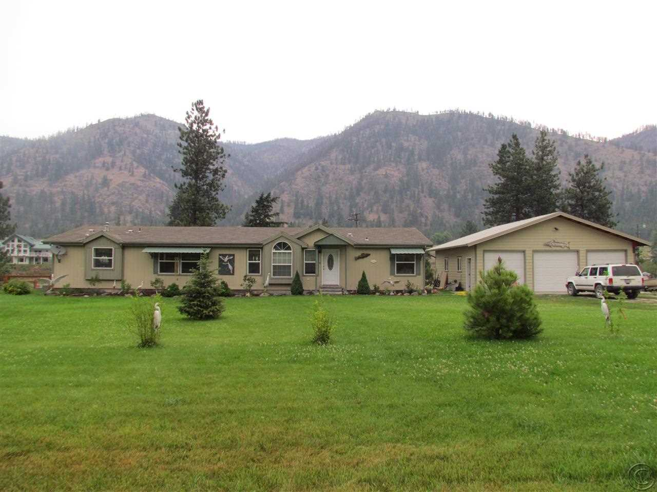 506 Dairy Ln, Superior, MT 59872