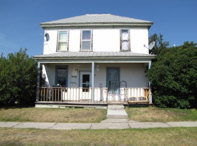 816 5th St, Deer Lodge, MT 59722