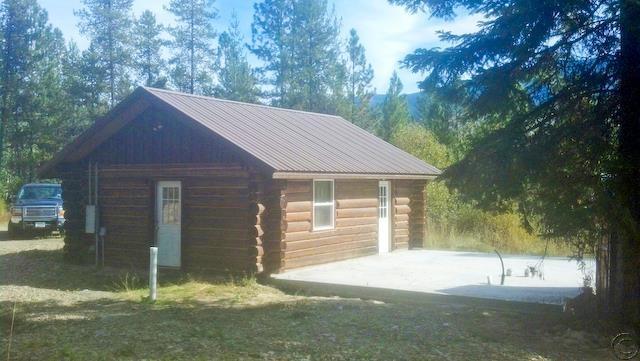 14 Wanless Ln S, Trout Creek, MT 59874