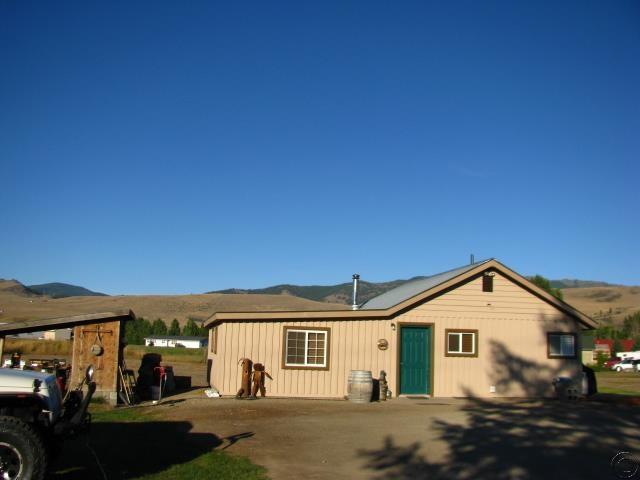7449 Mt-200, Plains, MT 59859