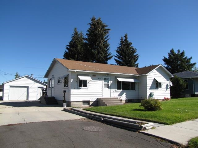 811 St Marys Ave, Deer Lodge, MT 59722
