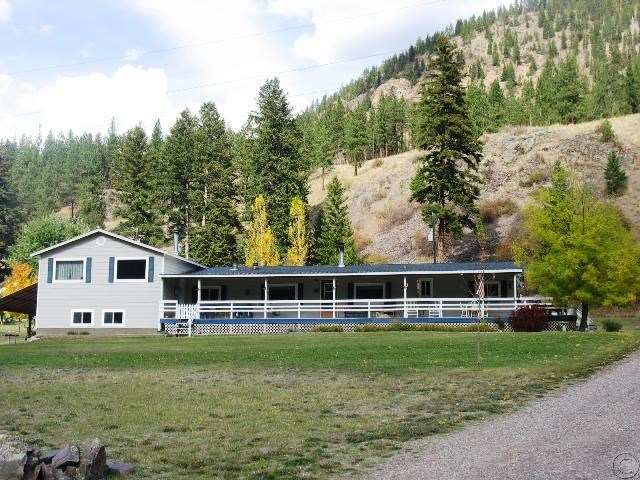 102 Railroad Ave, Alberton, MT 59820