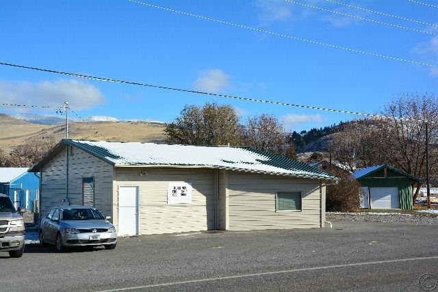 410 Railroad Ave, Plains, MT 59859
