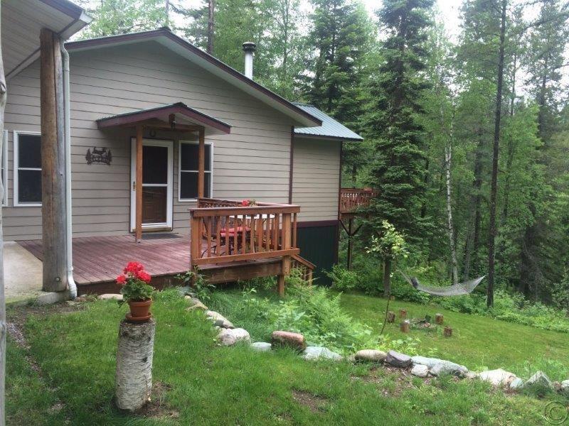 29 Golden Eagle St, Columbia Falls, MT 59912