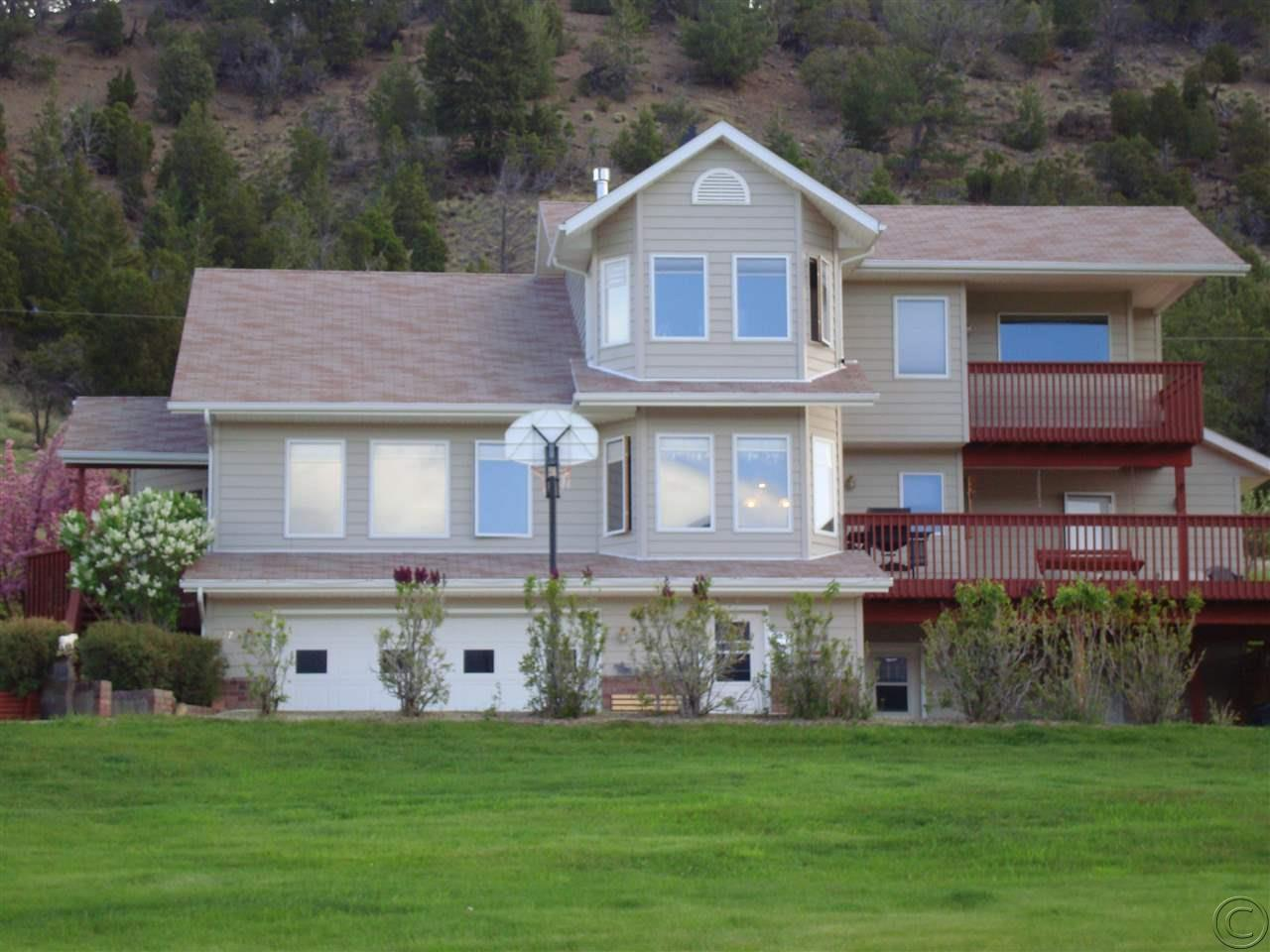 1170 N Cable Rd, Anaconda, MT 59711