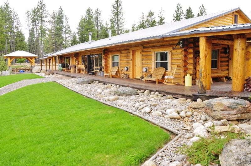 582 Tin Cup Rd, Darby, MT 59829