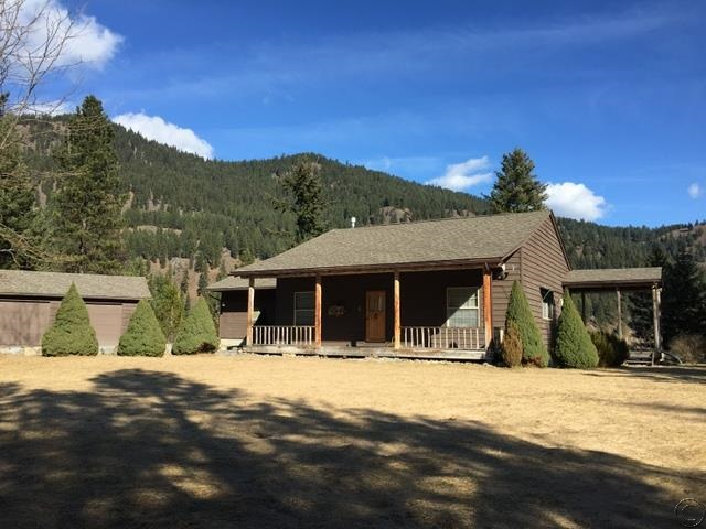 17 Riverfront Dr N, Trout Creek, MT 59874