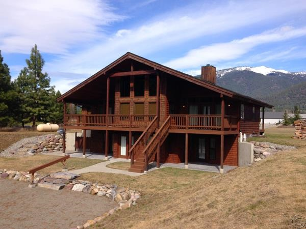 6 Steamboat Way E, Thompson Falls, MT 59873