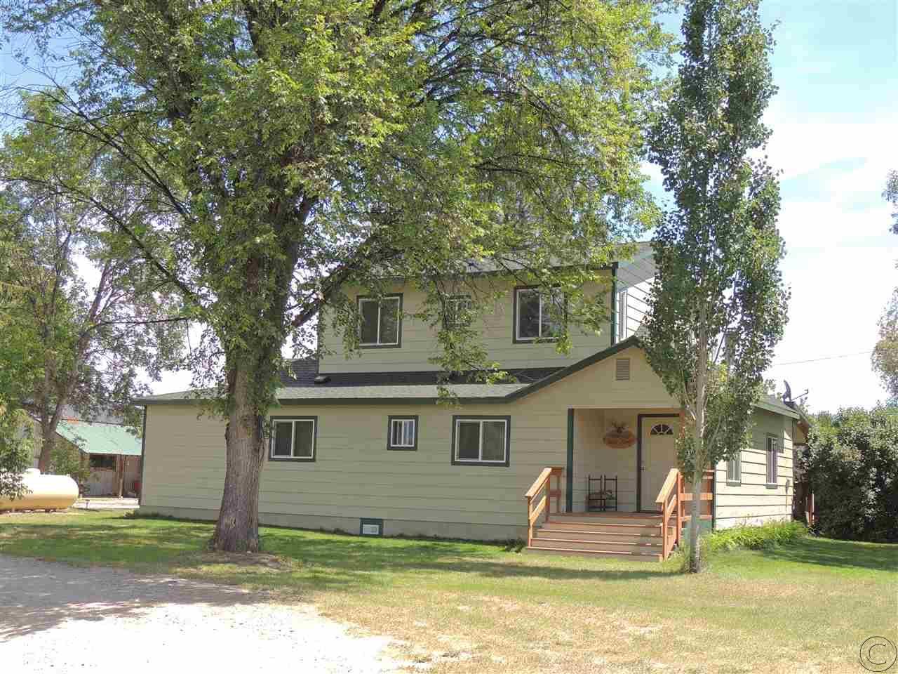 1112 Catherine Ln, Corvallis, MT 59828