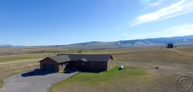 14 Warren Ct, Hall, MT 59837