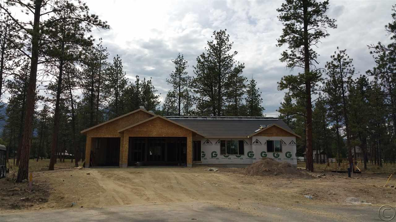 208 Licorice Ln, Florence, MT 59833