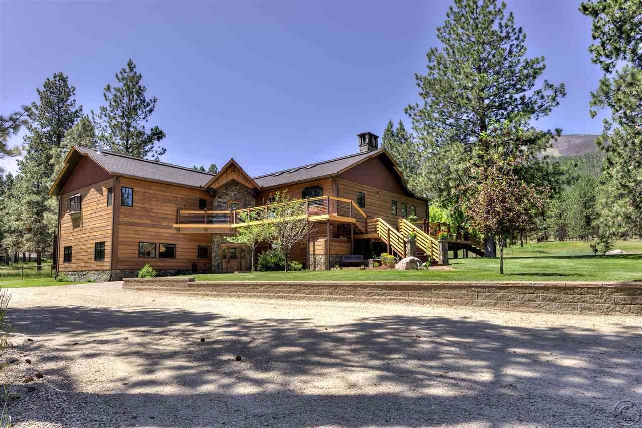 305 Elk Meadow Rd, Hamilton, MT 59840