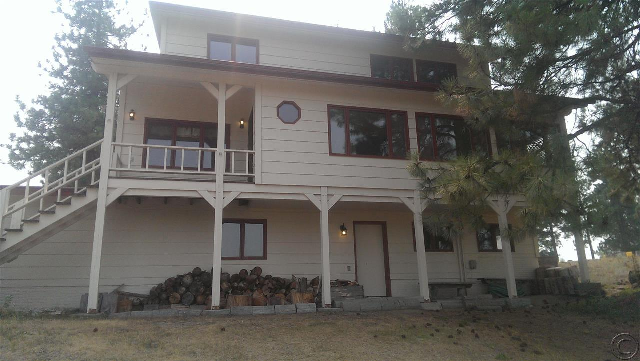 887 Coal Pit Rd, Corvallis, MT 59828