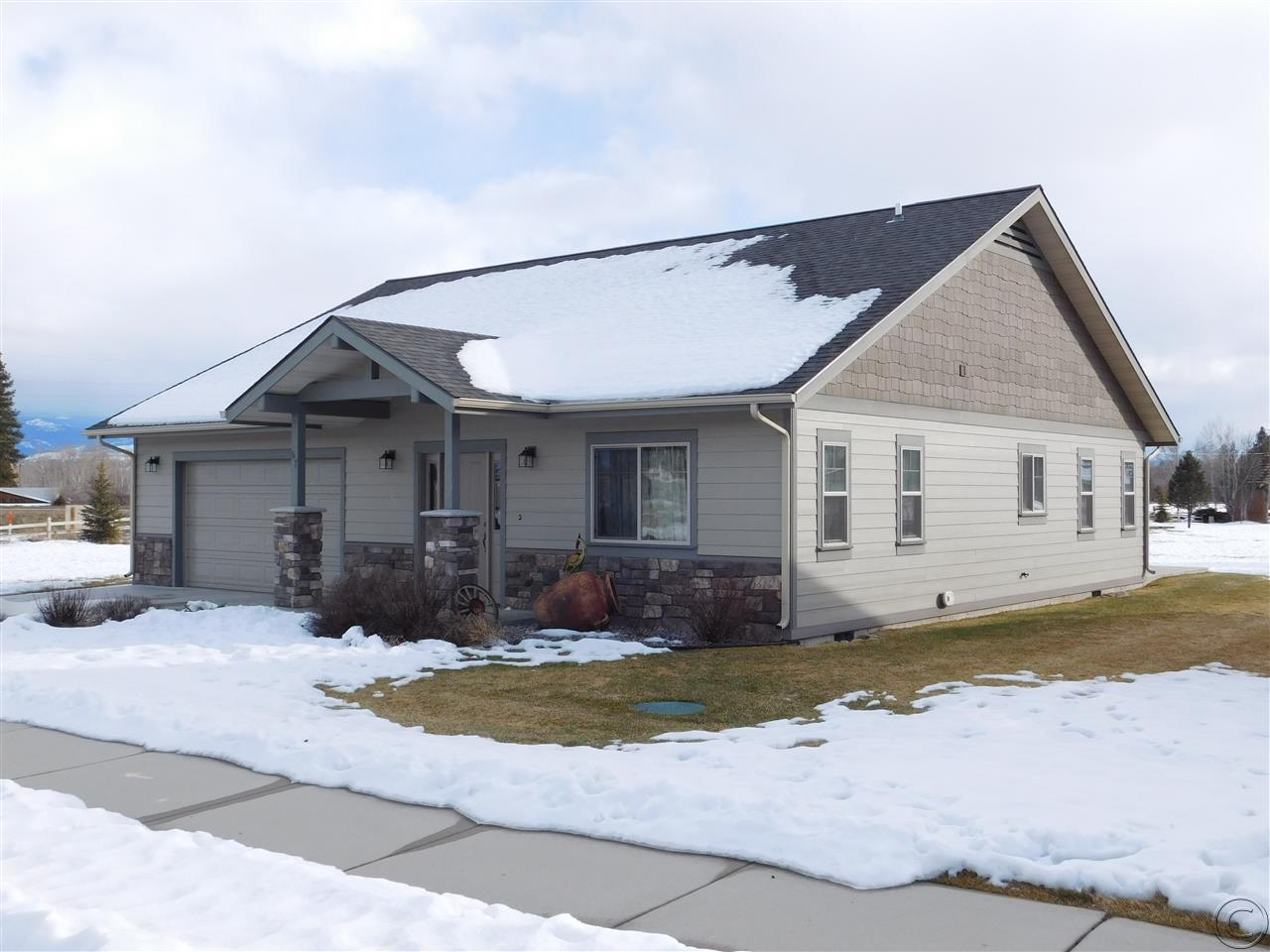 67 Village Pkwy, Stevensville, MT 59870