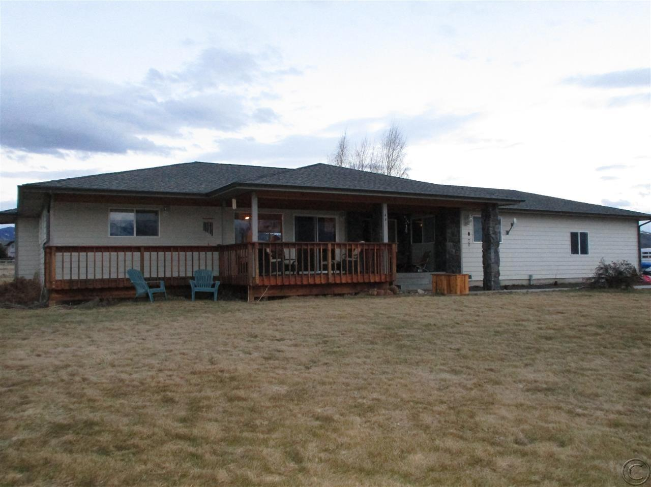 401 Arrow Hill Dr, Hamilton, MT 59840