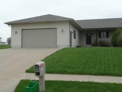 1902 S Meadow View Ave, Mt Pleasant, IA 52641