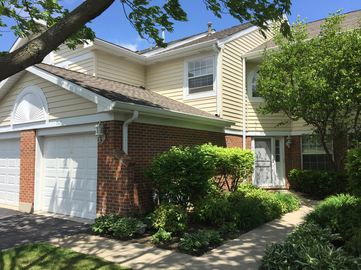 Photo of 707 West Happfield Drive  ARLINGTON HEIGHTS  IL