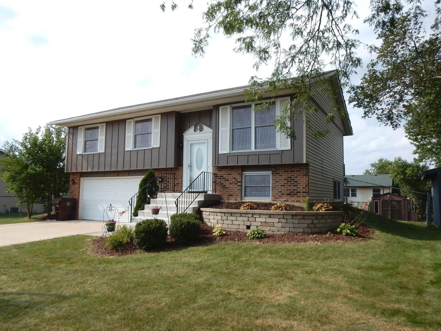 Photo of 8228 West Orchard Drive  FRANKFORT  IL