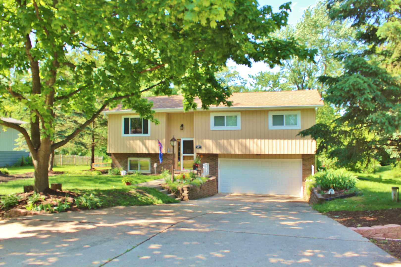 Photo of 29W264 Lee Road  WEST CHICAGO  IL
